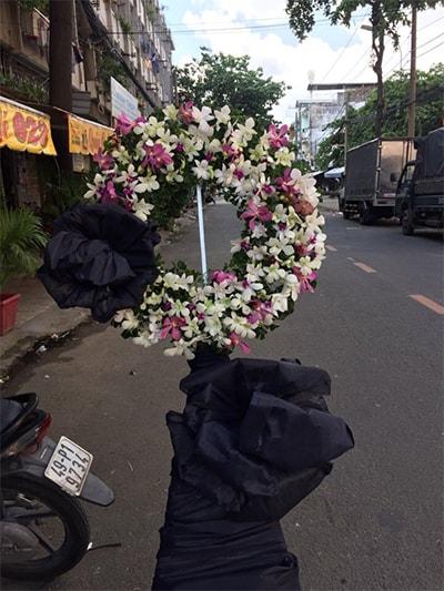 Hoa viếng đám tang HS011