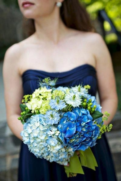Hoa cưới cẩm tú cầu