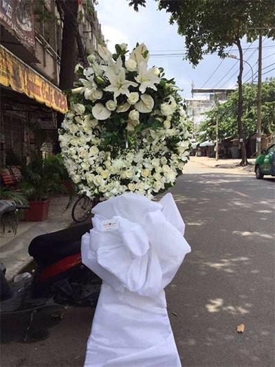 Hoa viếng đám tang HS008