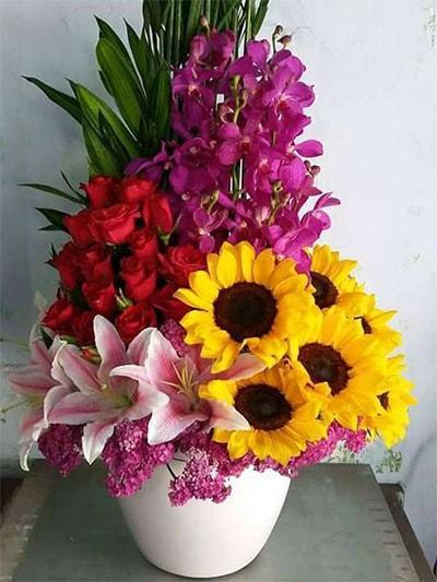 Bình hoa tươi HSB005