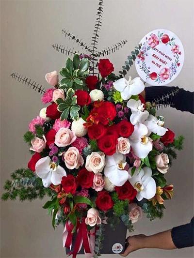 Hộp hoa tươi HSH008